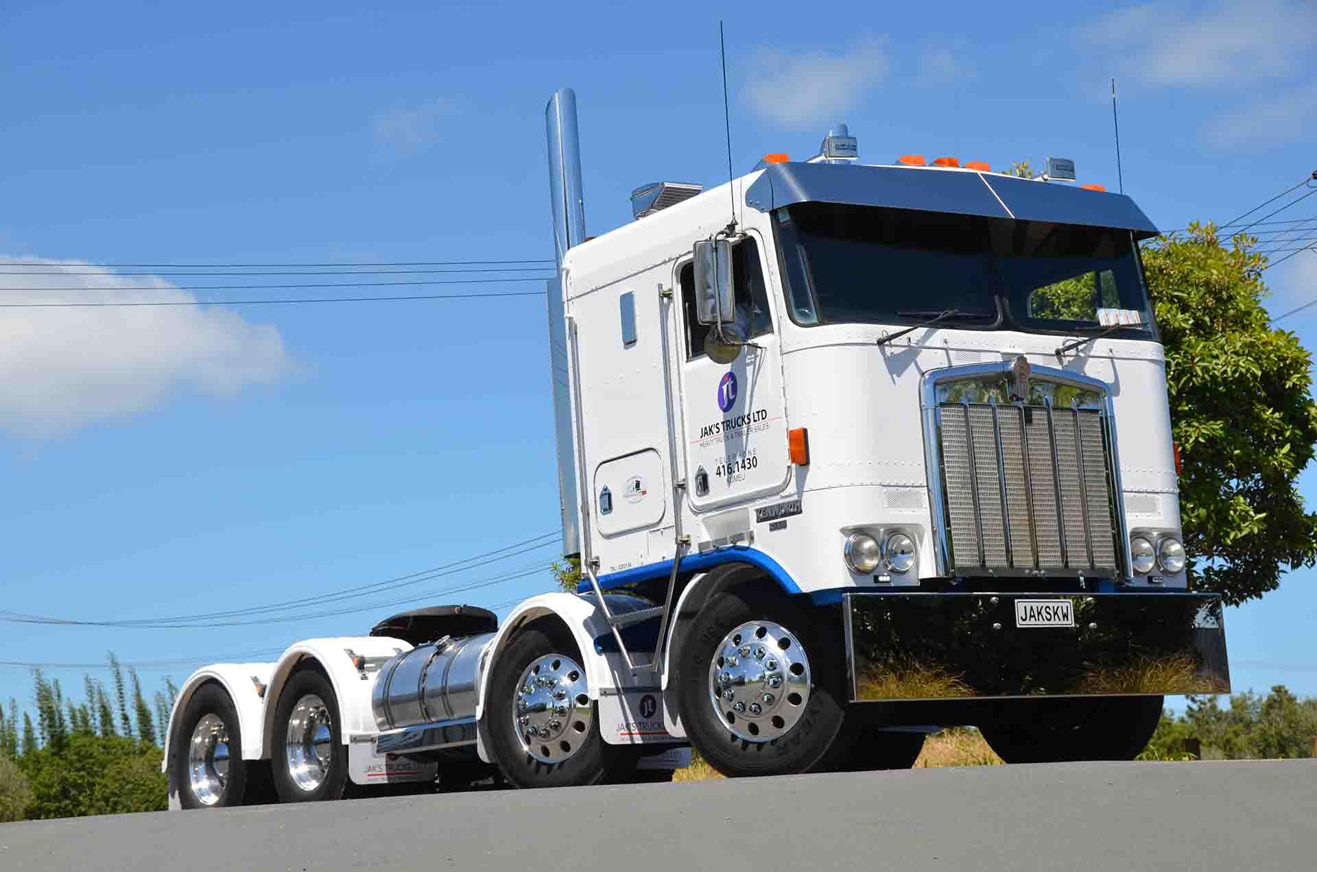 Home Jaks Trucks Ltd
